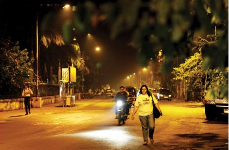 The buzzing city of mumbai